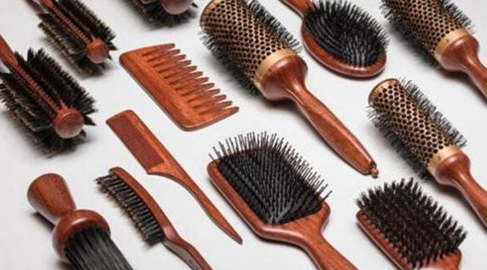 different brown hair brush tools