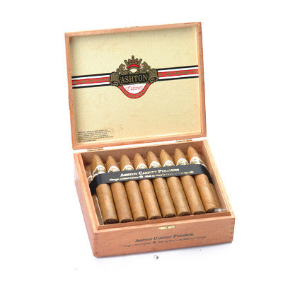 Ashton Cabinet Pyramid (5 Cigars Sampler)