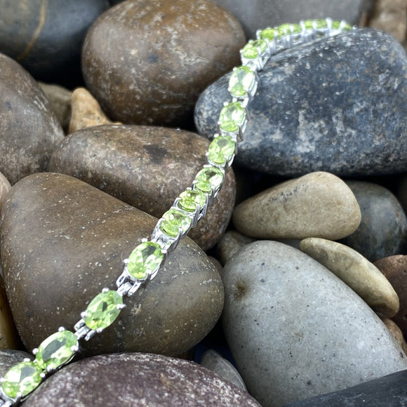 Peridot bracelet set in 925 Sterling Silver