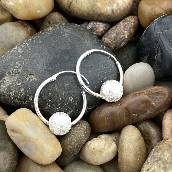 Hoops earrings set in 925 Sterling Silver