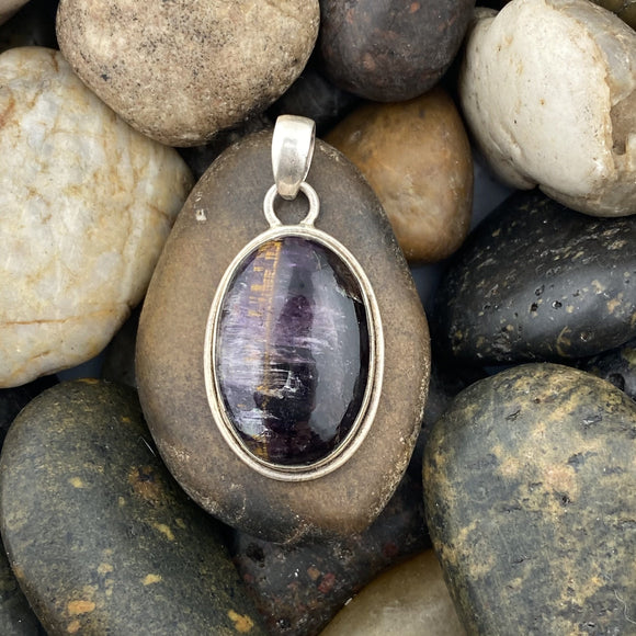 Cacoxenite pendant set in 925 Sterling Silver