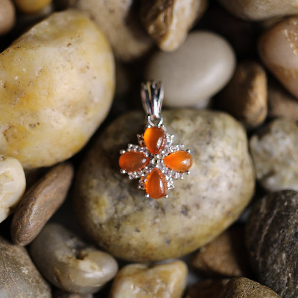 Carnelian and White Topaz pendant set in 925 Sterling Silver