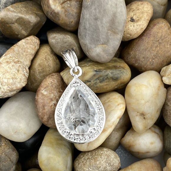 Crystal Quartz Pendant 25