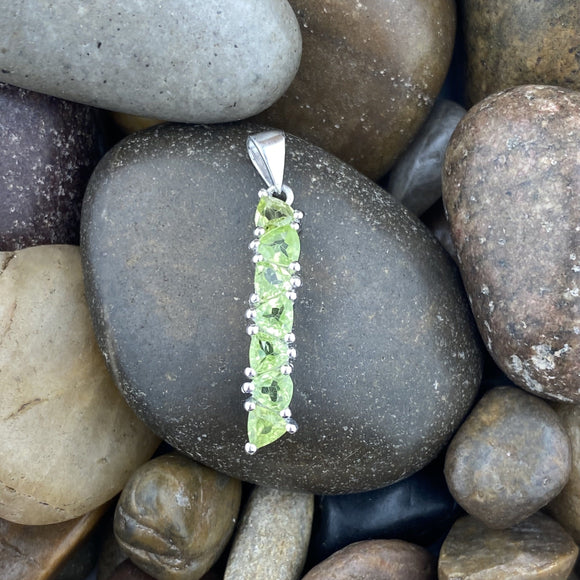 Peridot pendant set in 925 Sterling Silver