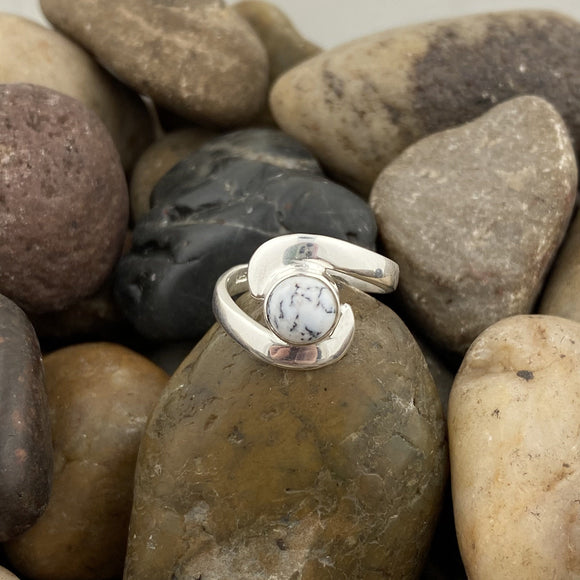 Dendritic Agate ring set in 925 Sterling Silver