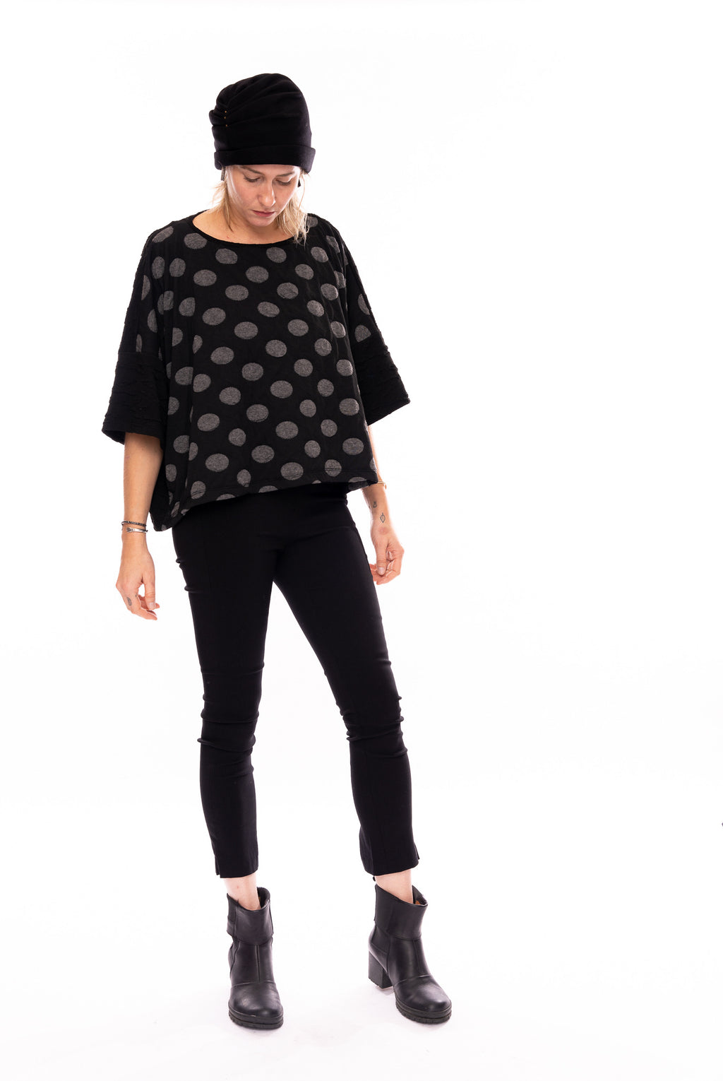 Calanthe Dot Top