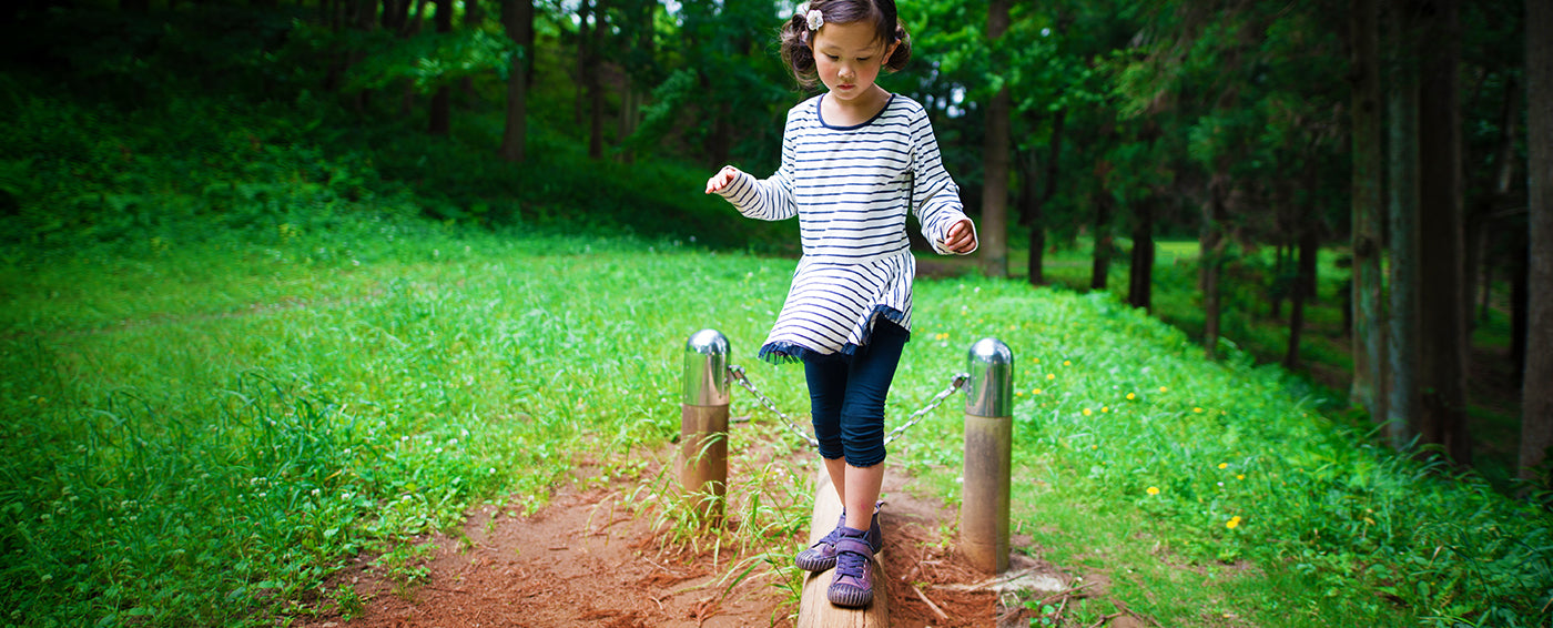 Natural Play Spaces for Kids article banner
