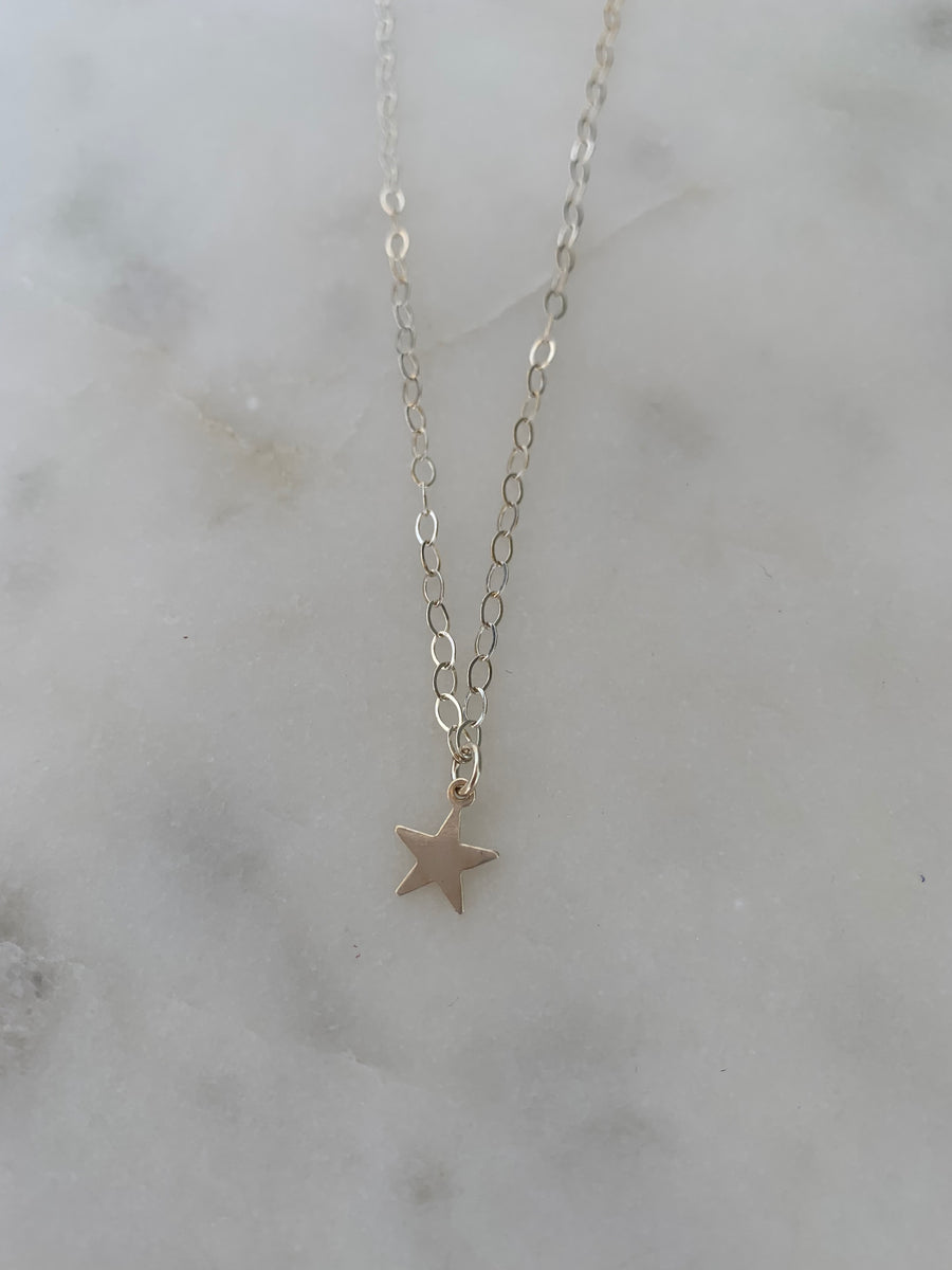 Single Star Necklace