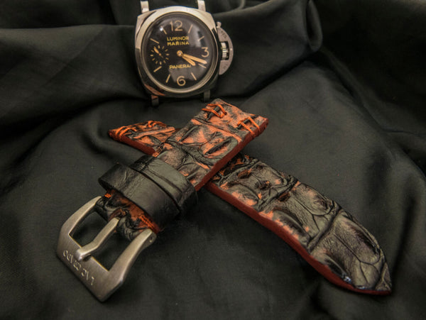 CROCODILE HORNBACK LEATHER STRAP - TRUNK BAY