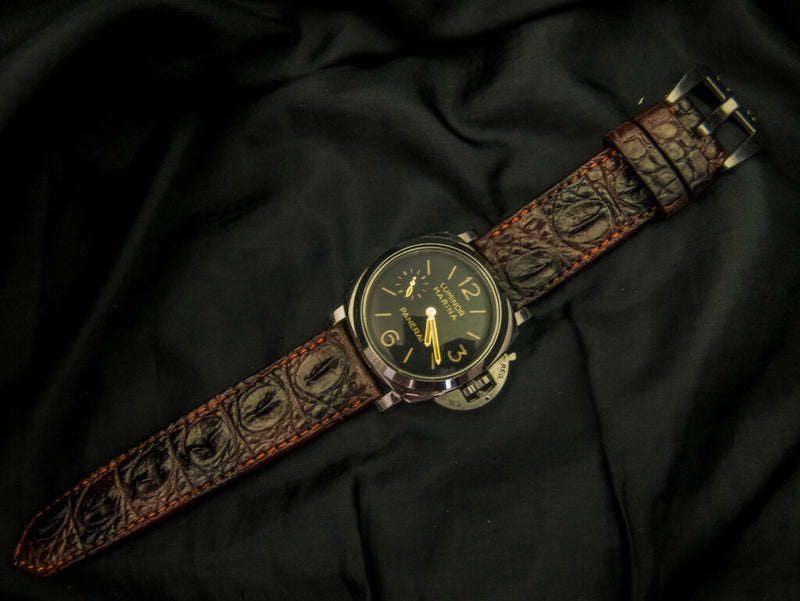 CROCODILE HORNBACK LEATHER STRAP - THE VOLCANO