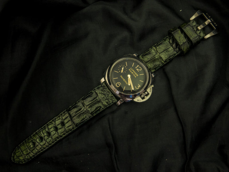 CROCODILE HORNBACK LEATHER STRAP - THE MOSS