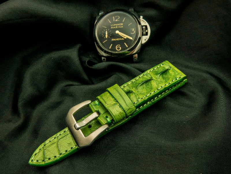 CROCODILE HORNBACK LEATHER STRAP - TEA LEAF