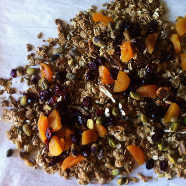 Bees Knees Spicy Honey Granola - MixedMade