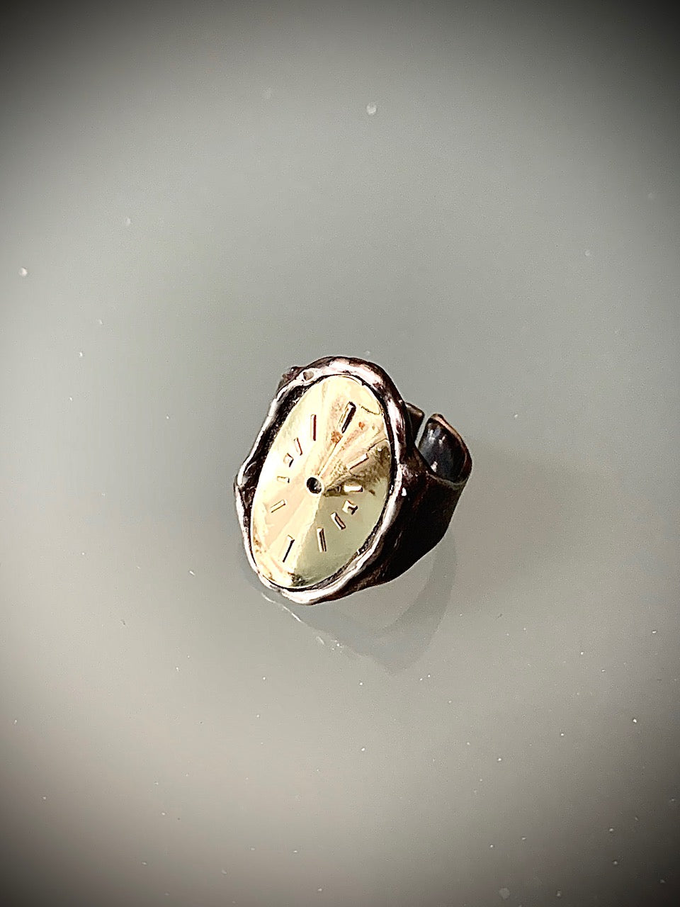 ANY TIME IS TIMELESS - Anello Chavalier