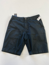 Load image into Gallery viewer, Volcom Shorts Size 34