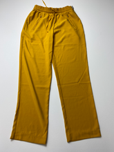 Load image into Gallery viewer, Forever 21 Pants Size Large