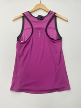 Load image into Gallery viewer, Nike Athletic Top Size Small