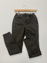 Load image into Gallery viewer, Mudd Pants Size 5/6 (28)