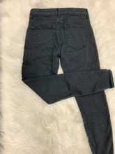 Load image into Gallery viewer, Topshop Denim Size 2 (26)