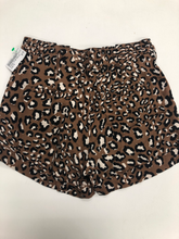 Load image into Gallery viewer, Forever 21 Shorts Size Extra Small