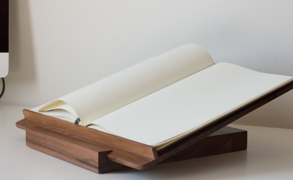 The book stand: a new custom project