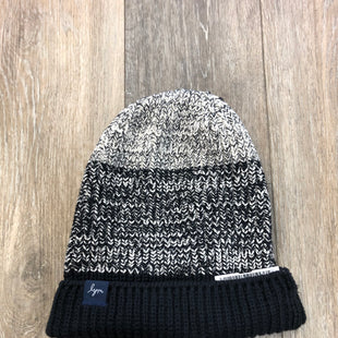 Primary Photo - BRAND: LOVE YOUR MELON STYLE: HAT COLOR: BLACK WHITE SKU: 137-137177-27968