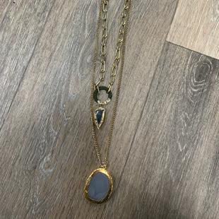 Primary Photo - BRAND:    CLOTHES MENTOR STYLE: NECKLACE COLOR: GOLD SKU: 137-13745-219877
