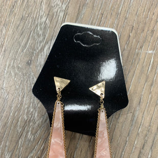Primary Photo - BRAND:    CLOTHES MENTOR STYLE: EARRINGS SKU: 137-13745-219918