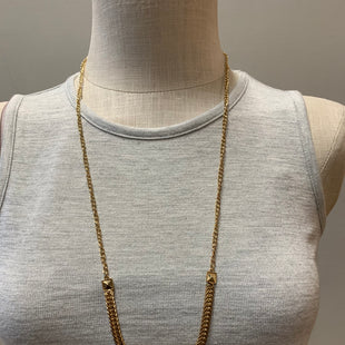 Primary Photo - BRAND:    CLOTHES MENTOR STYLE: NECKLACE COLOR: GOLD SKU: 137-137107-41405