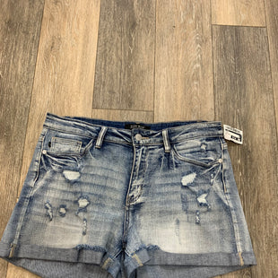 Primary Photo - BRAND:   JUDY BLUESTYLE: SHORTS COLOR: DENIM SIZE: L OTHER INFO: JUDY BLUE - SKU: 137-13745-212849