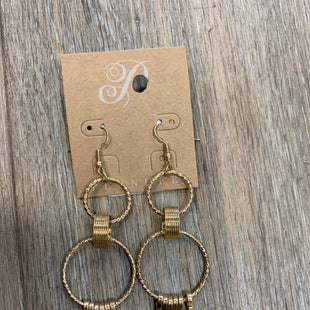 Primary Photo - BRAND:   PLUNDER STYLE: EARRINGS COLOR: GOLD OTHER INFO: PLUNDER - SKU: 137-13745-217513