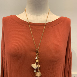 Primary Photo - BRAND:    CLOTHES MENTOR STYLE: NECKLACE COLOR: GOLD SKU: 137-13745-214356