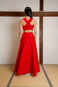 Voluminous crossed back gown in silk faille