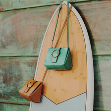 Load image into Gallery viewer, Elan Crossbody in Seafoam