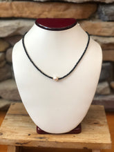 Load image into Gallery viewer, Sweet Simplicity Necklace
