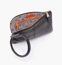 Load image into Gallery viewer, Sable Wristlet Clutch in Black