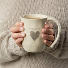 Load image into Gallery viewer, Thankful Heart Mug