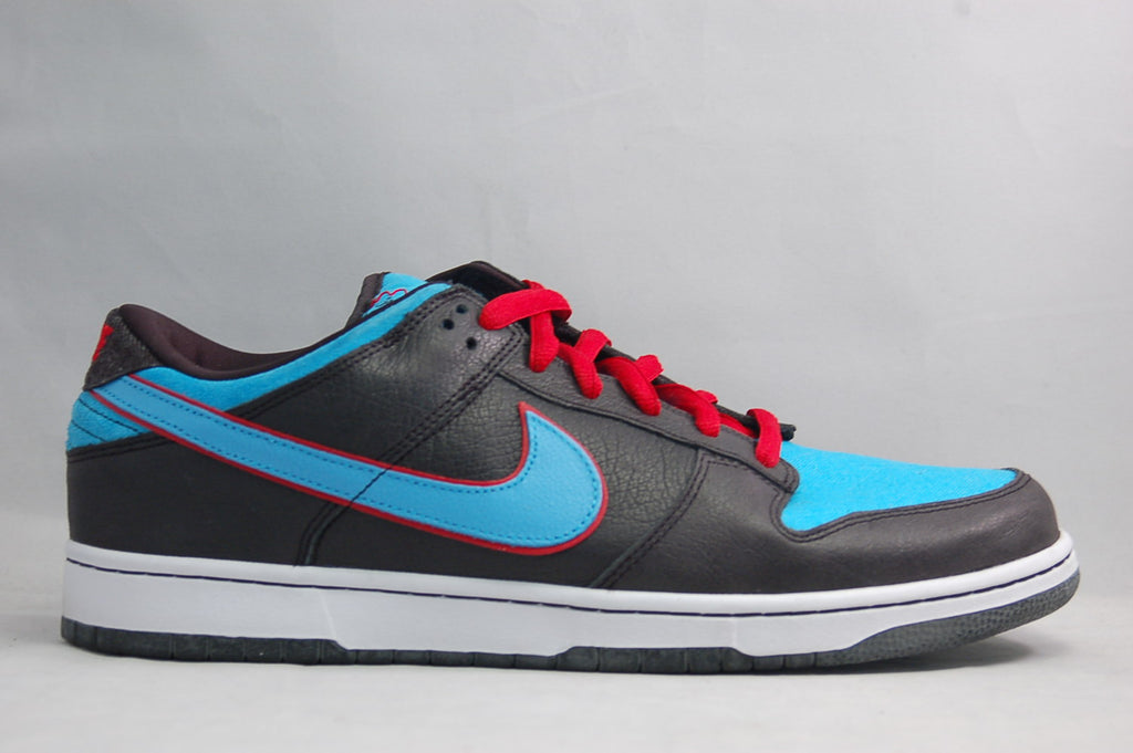 Nike Dunk Low SB Angels and Demons