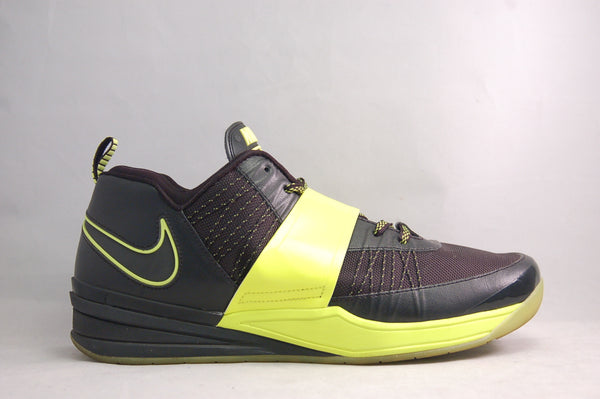 Zoom Revis Black/Volt