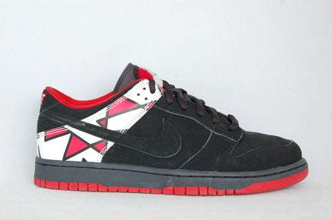 Nike SB Dunk Low Black/Red