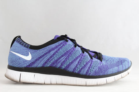 Nike Flyknit Free NSW Purple
