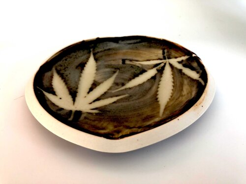 Daniel Bellow Pottery, Weed Plate Great Barrington MA, 1 unit