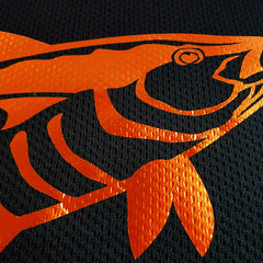SportyFish Black Series black t-shirt: Yellowfin Tuna(Japanese words) close-up view