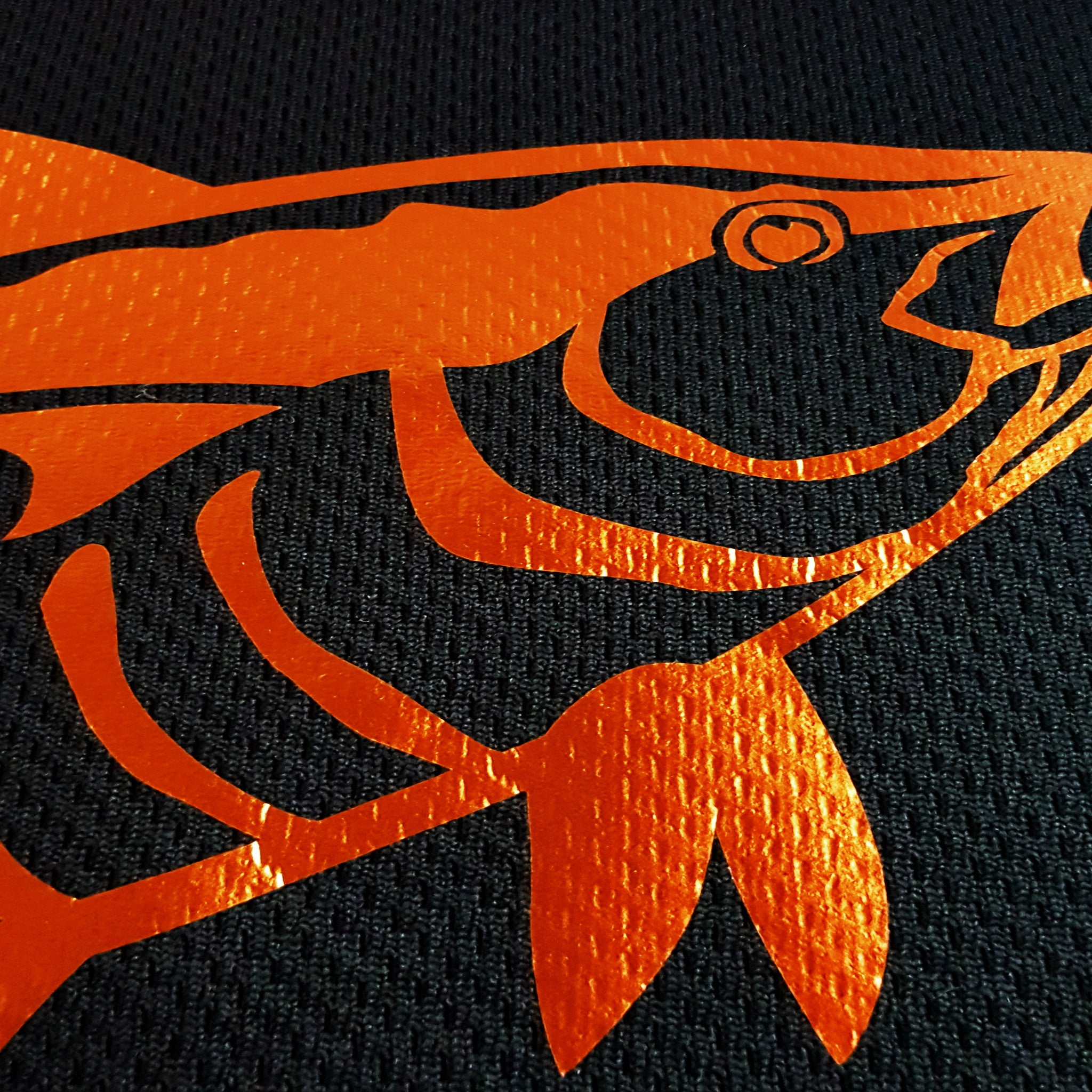 SportyFish Black Series black Long-sleeves t-shirt: Yellowfin Tuna(Japanese words) close-up view
