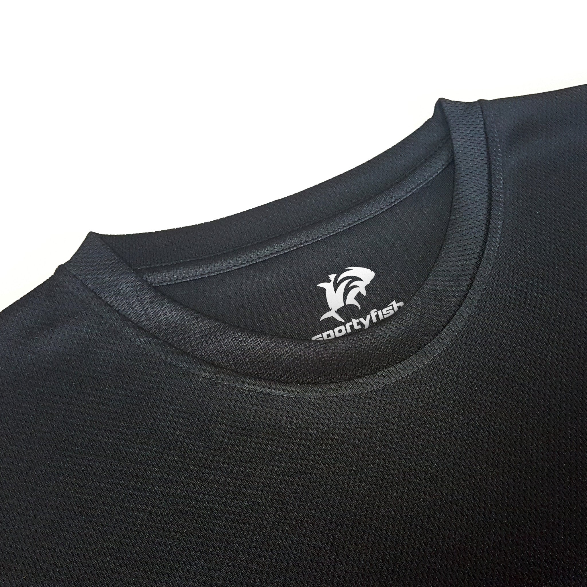 SportyFish Black Series black t-shirt: Yellowfin Tuna(Japanese words) close-up view 2