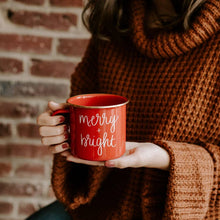 Load image into Gallery viewer, mug christmas merry and bright