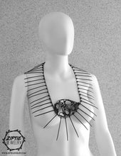 Load image into Gallery viewer, Oval Spike Necklace
