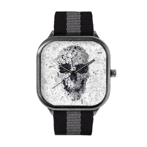 Doodle S BW Pill Watch
