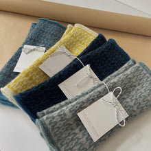 Load image into Gallery viewer, That Lovely Weekend Mittens Fingerless Mittens - 100% Lambs Wool