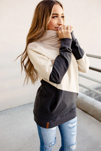 SWEATSHIRT SINGLE HOOD COLOUR BLOCK